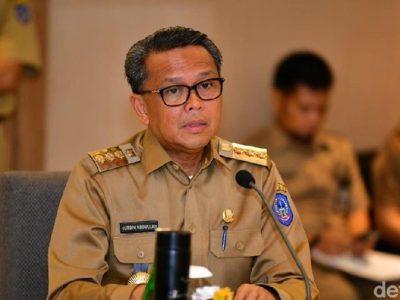 Gubernur Sulsel Nurdin Abdullah Bersama 5 Orang Lain Kena OTT KPK. Foto Detik